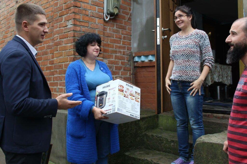В Любарському районі у День усиновлення привітали родини батьків-вихователів