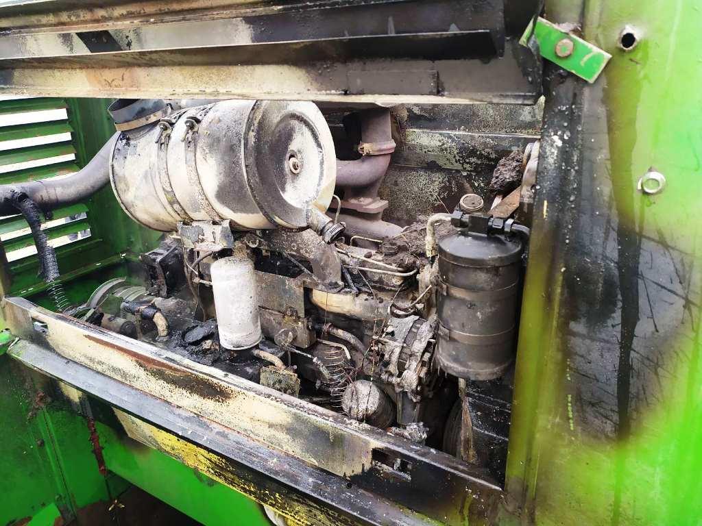 На Любарщині під час роботи в полі загорівся комбайн