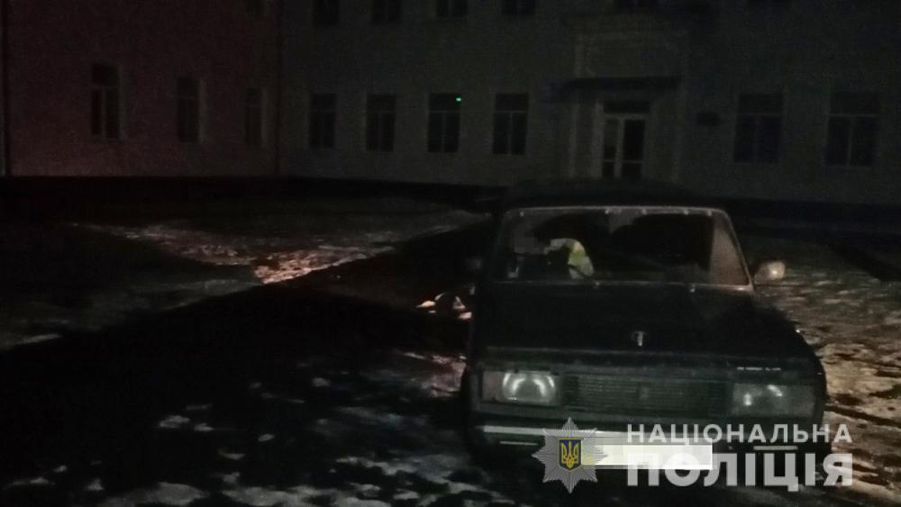 На Любарщині нетверезий викрадач авто заснув у ньому на сусідній вулиці