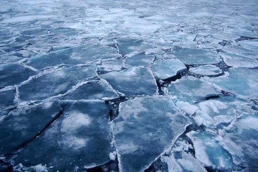 На Любарщині двоє чоловіків провалилися під лід, врятували лише одного