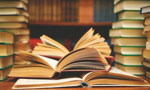 Депутат Ігор Ходак допоміг осучаснити бібліотеку в Любарі