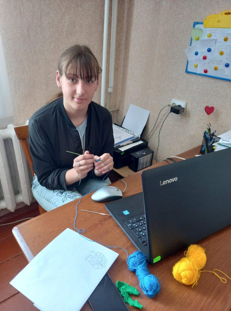 Учениці з Любарщини зайняли призові місця в обласному етапі конкурсу «Поліські візерунки»