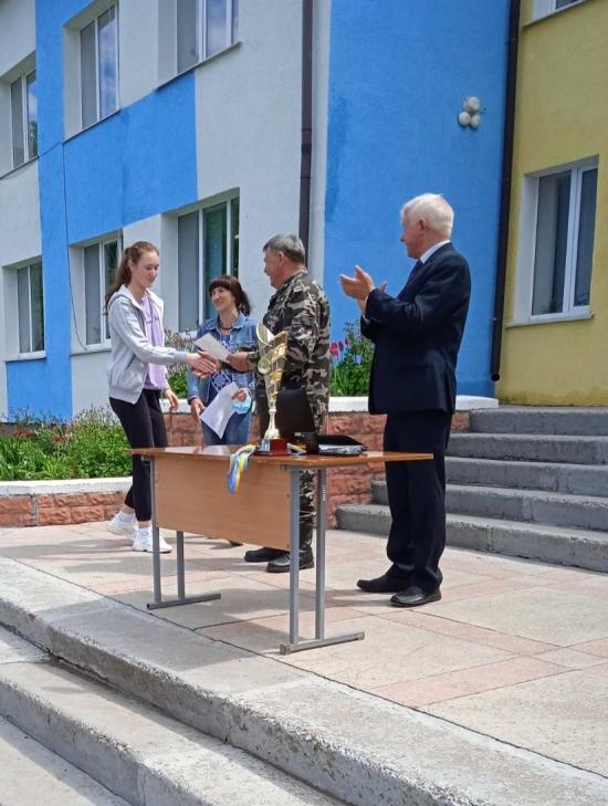 На Любарщині дев'ять команд взяли участь у змаганні з воєнізованого кросу пам'яті воїна-афганця Володимира Бойка