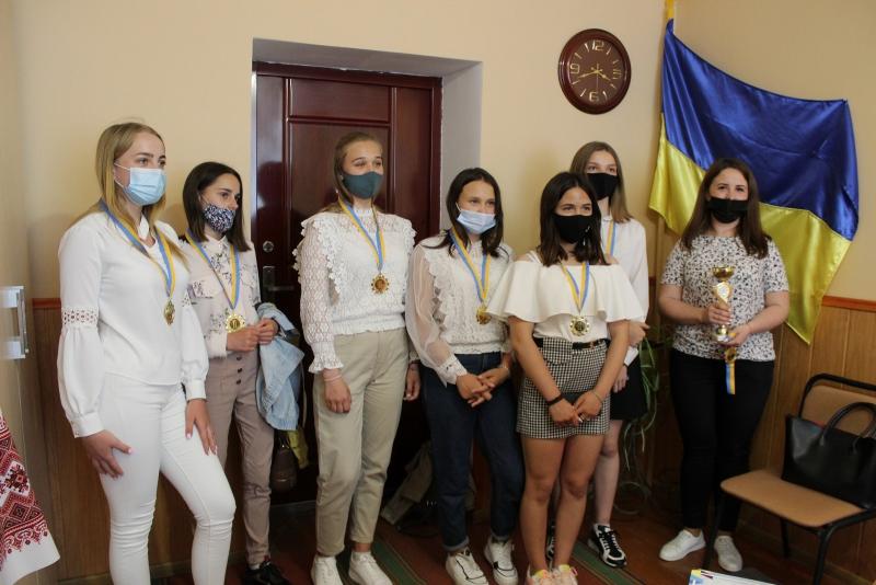 Команда Любарщини «Адреналін» здобула абсолютну першість на обласному етапі фестивалю-конкурсу «Молодь обирає здоров'я»