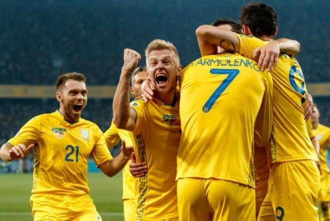 У Любарі на площі Незалежності транслюватимуть матч Україна - Англія