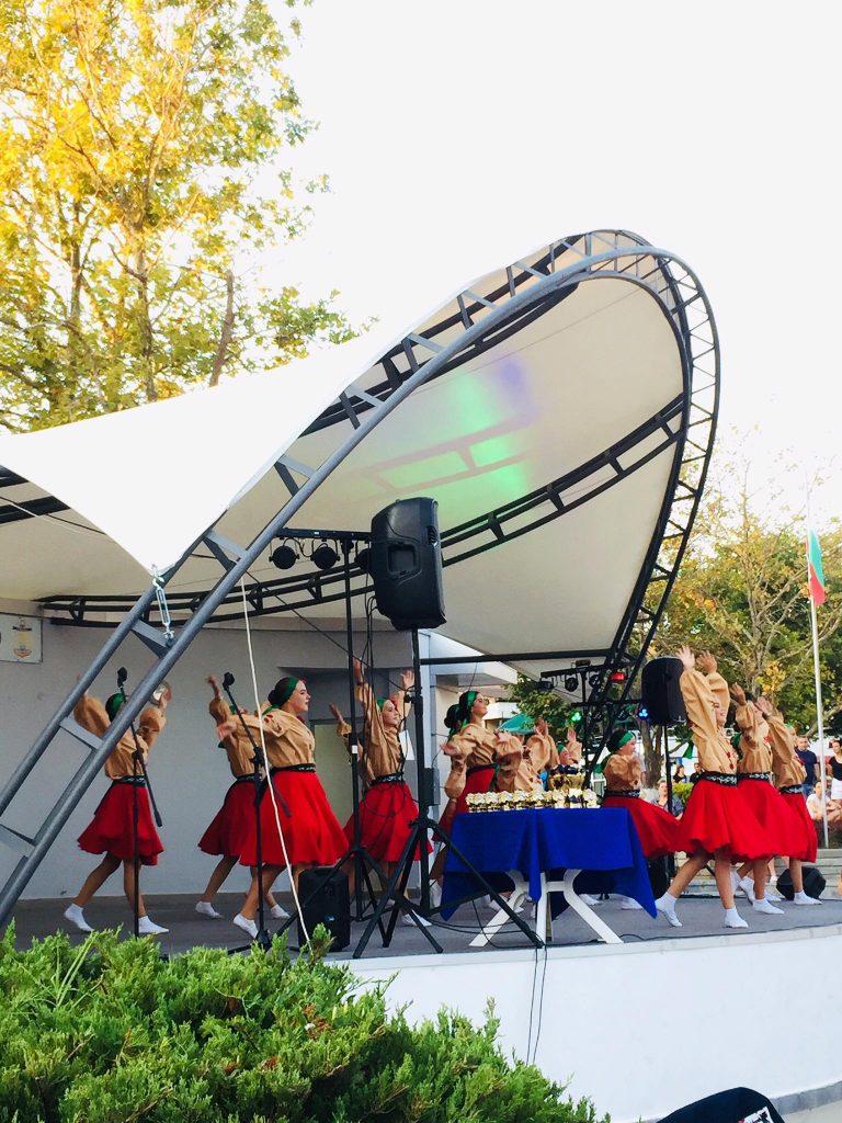 Танцюристи з Любарщини вибороли гран-прі фестивалю в Болгарії